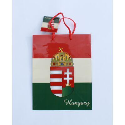Ajándék dísztasak közepes, magyar címeres