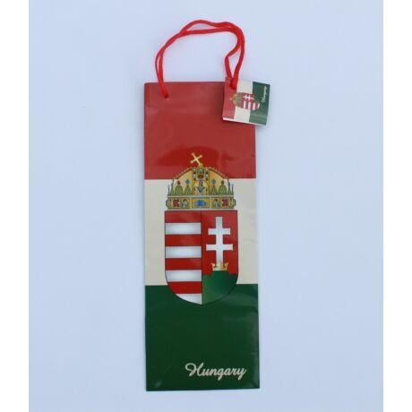 Ajándék dísztasak italos, magyar címeres
